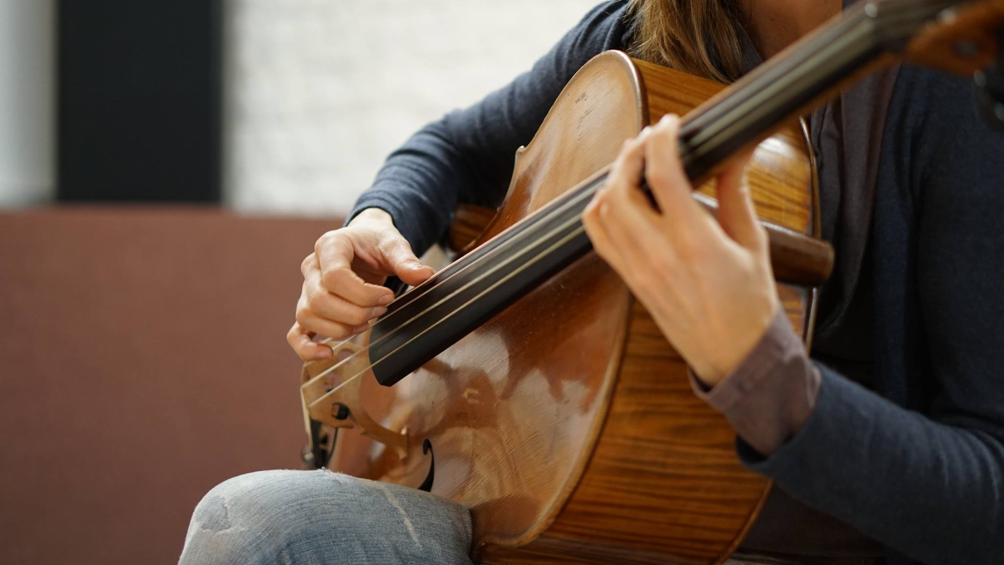 Cello, spielen